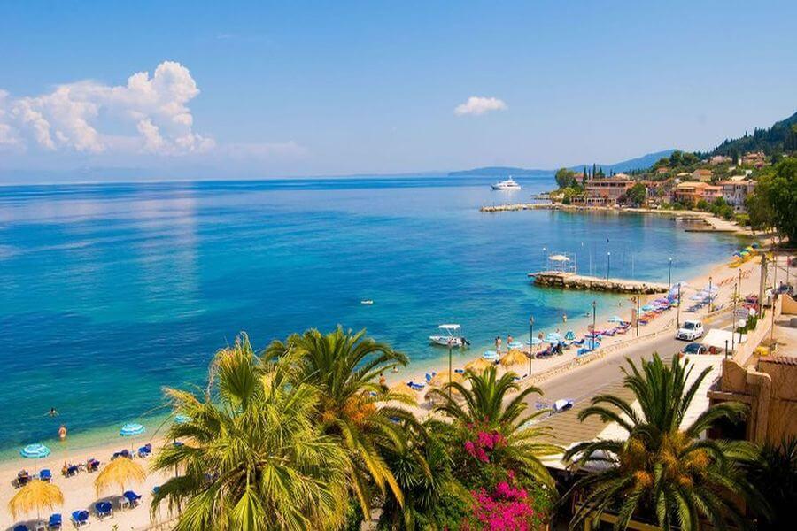 kam do grécka ostrov korfu