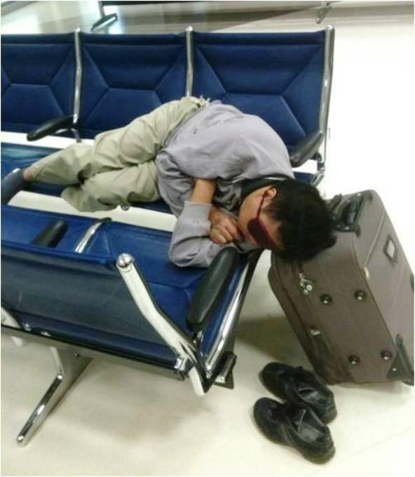 aj na letisku sa dá dobre vyspať