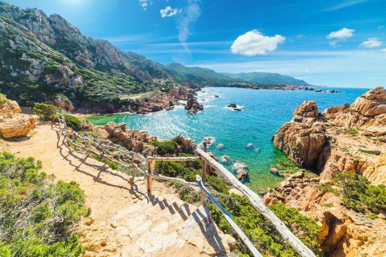 Sardínia – to je dovolenka plná bielych pláží a tyrkysového mora!