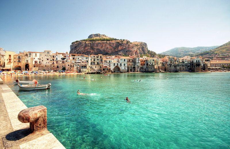 dovolenka na Sicílii, cefalu, therunwayitaliancom