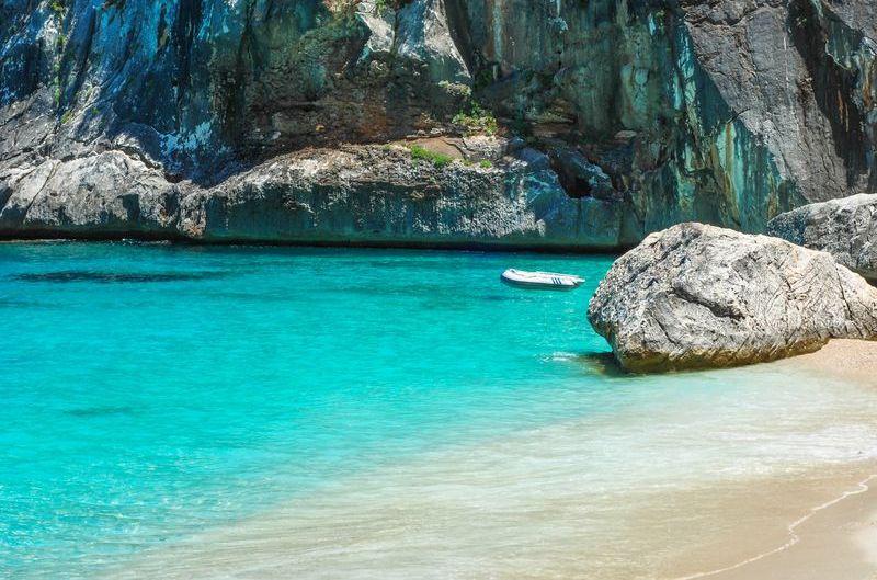 sardínia pláže, pláž Cala Goloritzè, Baunei