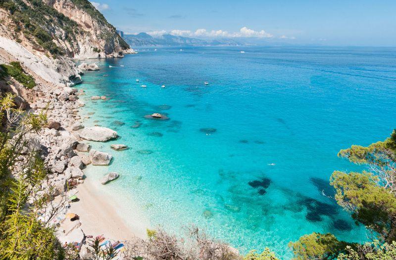 najkrajsie plaze sardinia, cala goloritze, dovolenka Sardínia
