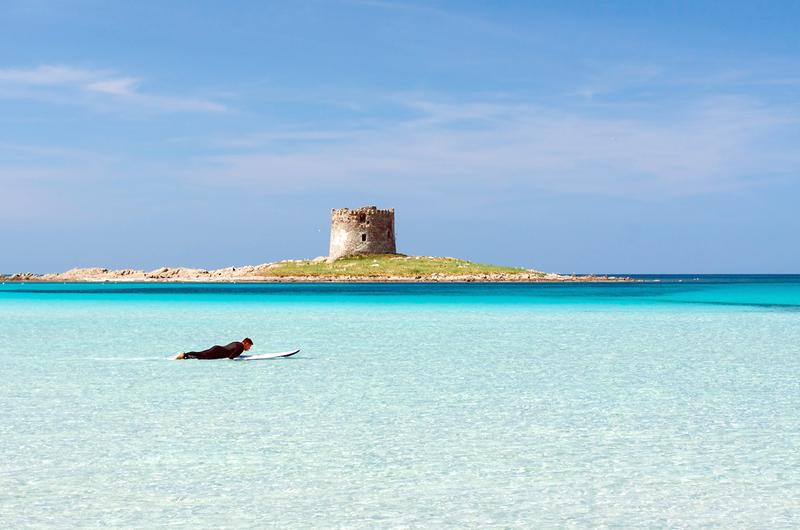 sardínia pláže, najkrajsie plaze sardinie, pláž la pelosa, dovolenka Sardínia