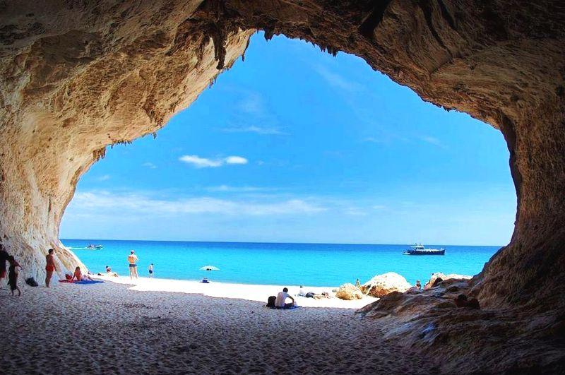 sardínia pláže, pláž Cala-Luna, dovolenka Sardínia,