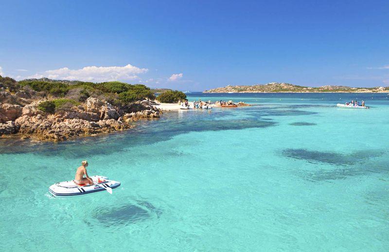 sardínia pláže, spiagga rosa, dovolenka na Sardínii, najkrajsie plaze sardinia