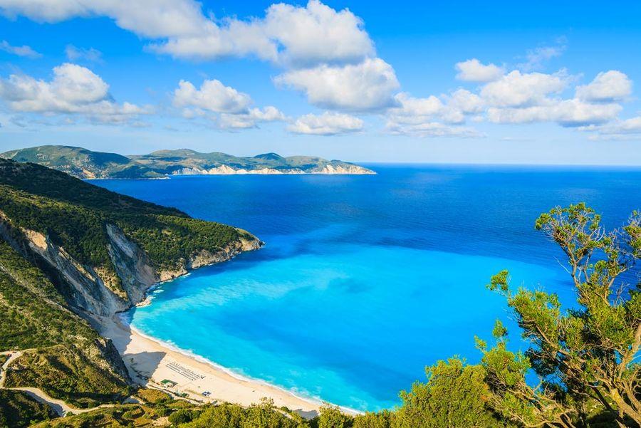 najkrajsie-plaze-v-europe-grecko-plaz-myrtos