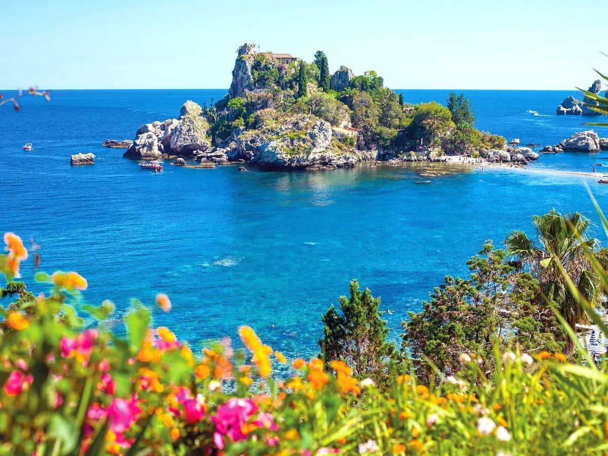 najkrajšie pláže sicílie, pláž isola bella