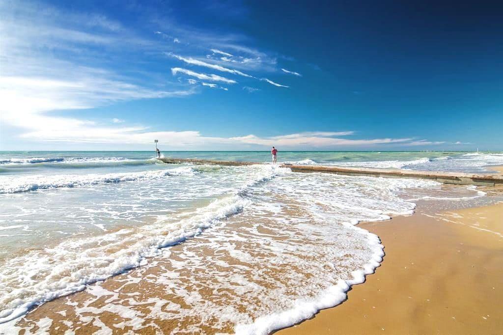 dovolenka lido di jesolo pláž